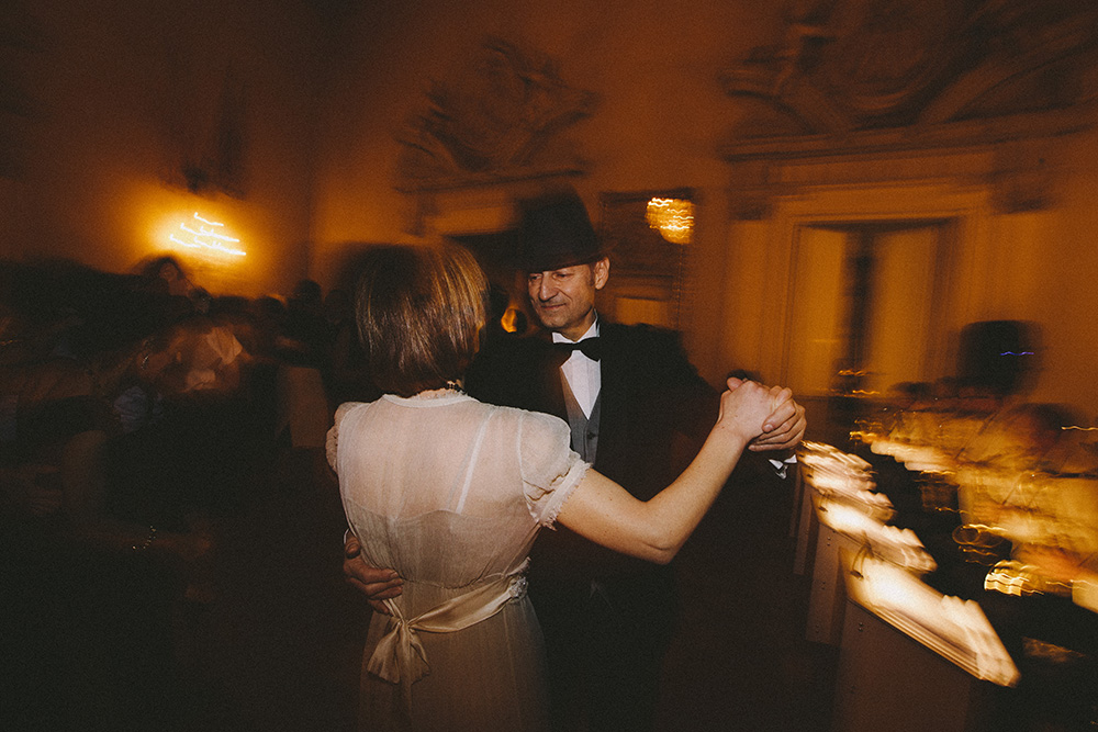 stefano santucci photography photographer vision storytelling visual florence tuscany swing feet lindy hop firenze florence villa viviani dance dancing dancer dance ball tommaso dainelli lindyhop in florence