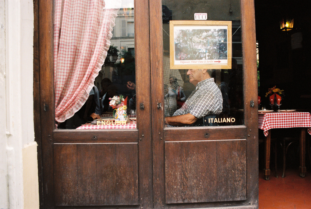 paris france street photo film filmisnotdead bw stranger ilford pentax