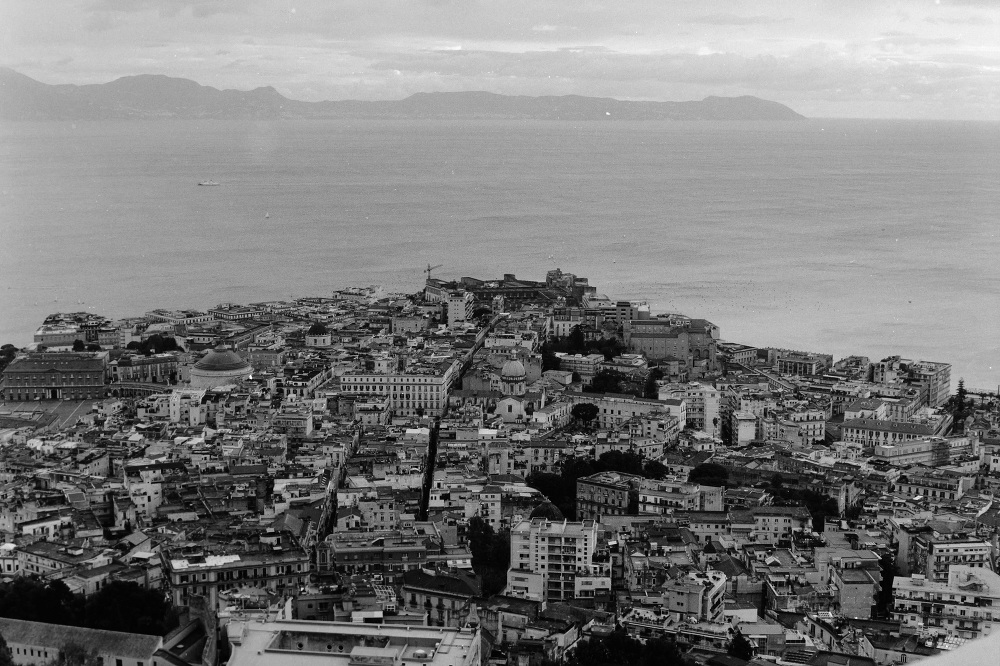 italy photo film vesuvio vulcan photo photographer street naples