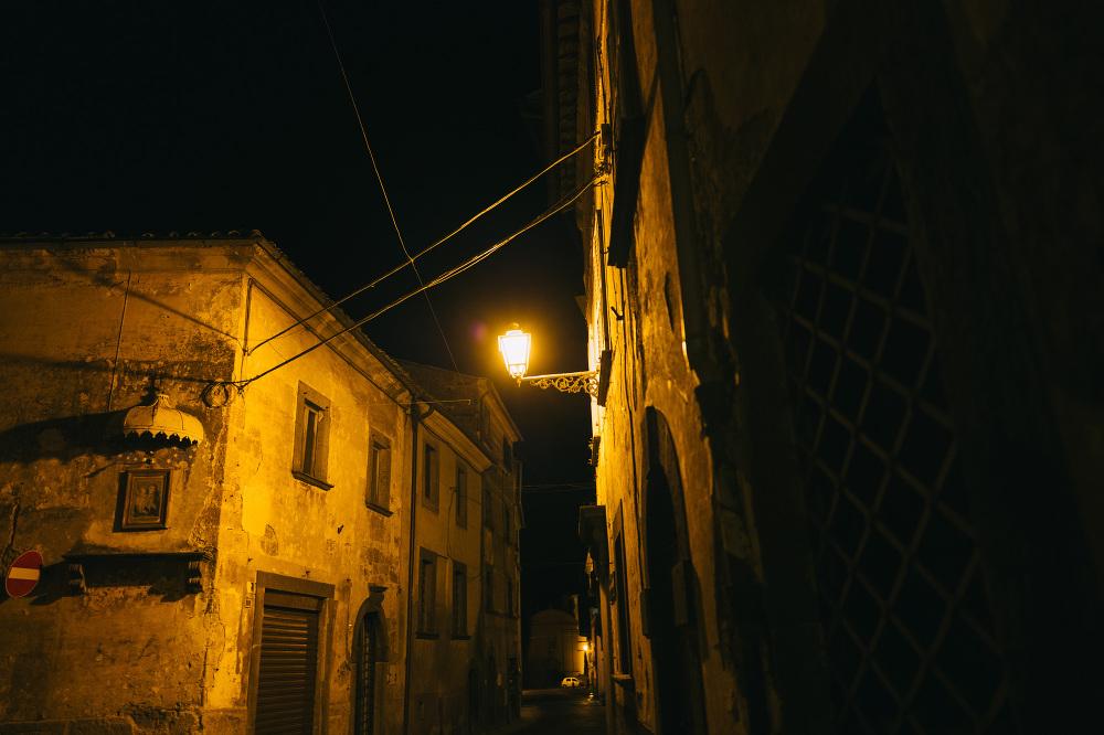 leica leicaq leicacamera landscape street photo town little ital